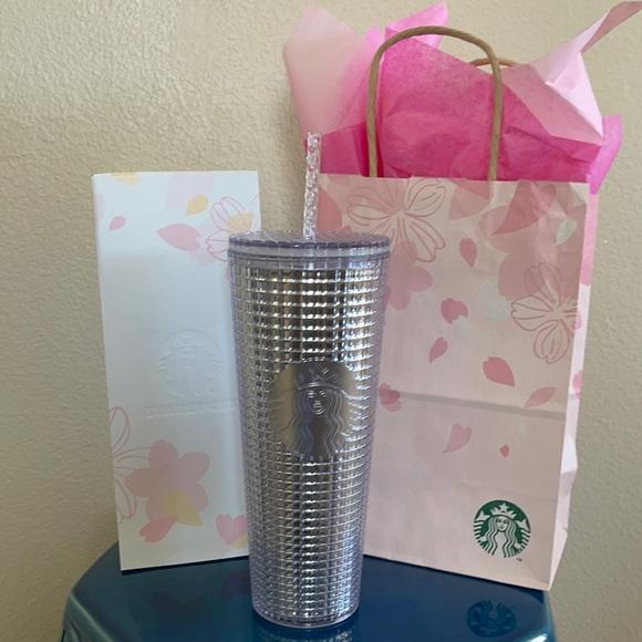 Starbucks Silver/Clear 24 oz Grid Tumbler